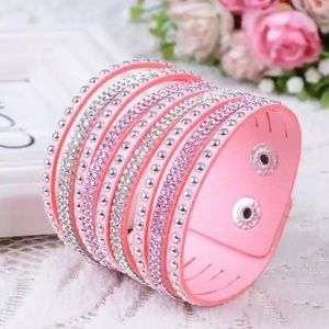 Jewelry - 💫• P i n k Crystal Vegan Leather Bracelet • 💫
